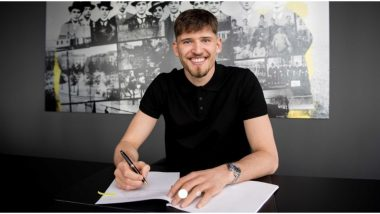 Borussia Dortmund Sign Goalkeeper Swiss Goalkeeper Gregor Kobel From Stuttgart
