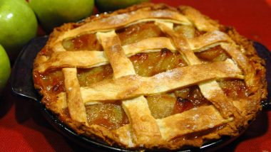National Apple Pie Day 2021 in United States: Here's Apple Pie Recipe With Best Filling & Flaky Crust (Watch Video)