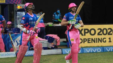 IPL 2021 Postponed: Jos Buttler Gifts Autographed Bat to Rajasthan Royals Teammate Yashasvi Jaiswal Before Heading Home (View Pic)