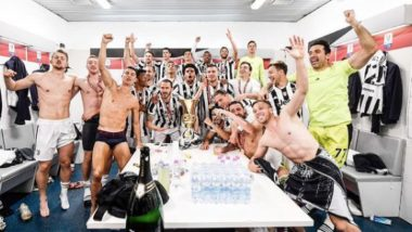 Cristiano Ronaldo Poses With Teammates from Juventus' Locker Room After Club's Coppa Italia 2020-21 Title Win (View Post)