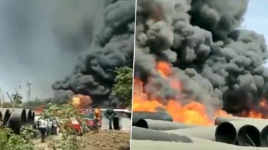 Palghar Fire: Chemical Tanker, Kept Outside Sinay Company in Boisar-Tarapur MIDC Area, Catches Fire; Thick Smoke Engulfs Area (Watch Video)