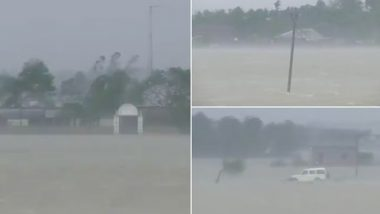 Cyclone Yaas Impact in Odisha: As Landfall Process Begins, Water From the Sea Floods Residential Areas in Dhamra of Bhadrak District (Watch Video)