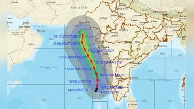 Cyclone Tauktae Intensifies Into 'Very Severe Cyclonic Storm', Lies Close to Goa and Mumbai; Maharashtra and Gujarat All Set To Face Fury