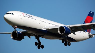 Delta Air Lines Flight from Los Angeles to Atlanta Diverted to Oklahoma After Passenger Threatens to 'Take The Plane Down' (Watch Video)