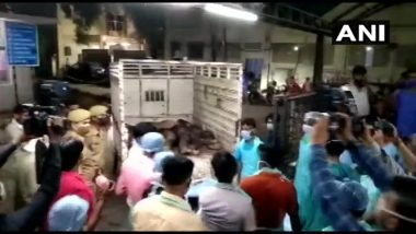 Kanpur Road Accident: 16 Killed, Six Injured As Bus Collides With Loader; UP CM Yogi Adityanath Announces Rs 2 Lakh Ex-Gratia to Kin of Deceased