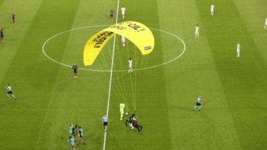 France vs Germany, Euro 2020: Parachute Protestor Injures Several Fans After he Lands on the Pitch Heavily (Check Video)