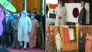 PM Narendra Modi Inaugurates and Lays Foundation Stone of Various Development Projects in Varanasi, Including 100 Bed MCH Wing in BHU (Watch Video)