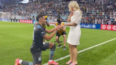 American Footballer Hassani Dotson Proposes to Girlfriend Petra Vuckovic on Pitch (Watch Video)