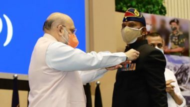 Amit Shah Presents Medals to Brave Officers and Personnel of BSF for Their Indomitable Courage and Outstanding Service