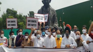India News   Congress MPs Including Rahul Gandhi Protest Against Centre's Farm Laws in Parliament Premises