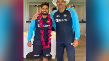 Sports News   Ind Vs Eng: Garlanded Pant Thanks Ravi Shastri for Grand Welcome