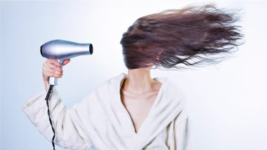 5 Monsoon Hair Care Tips To Solve Hair Problems Like Frizzy Hair at Bay!