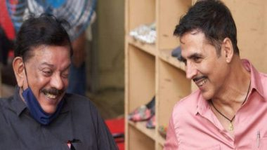 Akshay Kumar Shares a Happy Picture With Bhool Bhulaiyaa Director Priyadarshan