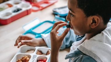 Longer Lunch Breaks Can Encourage Kids To Eat More Fruits, Vegetables: Study