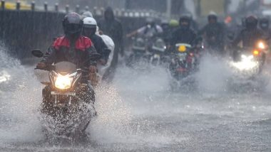 Mumbai Rains: 15 Dead After Heavy Showers Lash City; Local Train Services Suspended, Waterlogging Reported in Many Parts