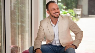 How to Scale Sales Your Online Business to 8-Figures: Listen to Head Of Sales Aaron Civitarese