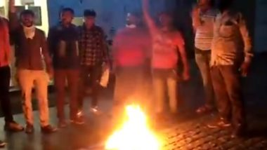 Copy of Kama Sutra Burned by Bajrang Dal Members Outside Ahmedabad Bookstore, Watch Videos