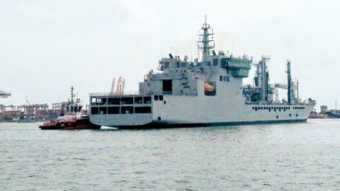 Indian Naval Vessel 'Shakti' Reaches Colombo in Sri Lanka With 100 Tons of Oxygen From Visakhapatnam