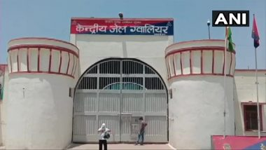 Madhya Pradesh: Video Showing Several Youths With Jail Inmate of Gwalior Central Jail Goes Viral; Probe Ordered