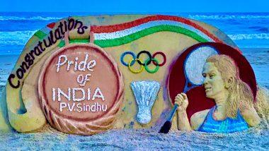 PV Sindhu Wins Bronze at Tokyo 2020: Check Sand Artist Sudarsan Pattnaik's Tribute to Indian Shuttler