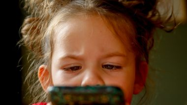 COVID-19 Restrictions, Sharp Rise in Screen Time Raised Myopia in Children, Says Study