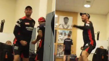AB de Villiers Enacts RCB Captain Virat Kohli's Way of Celebrating After Win Over Mumbai Indians in IPL 2021 (Watch Video)