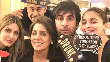 On Ranbir Kapoor's 39th Birthday, Mother Neetu Kapoor Wishes Her 'Heartbeat' With a Cute Family Picture!