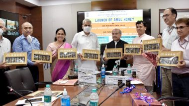 Agriculture Minister Narendra Singh Tomar Launches Amul Honey; Says 'National Beekeeping and Honey Mission Is Pivotal in Increasing Income of Small Farmers'