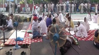 Farmers' Protest: Haryana Govt Extends Ban on Mobile Internet, SMS Services in Karnal