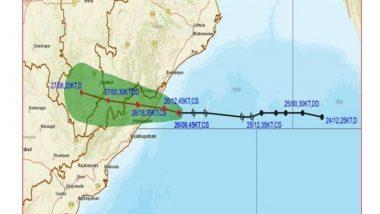 Cyclone Gulab Makes Landfall at Andhra Pradesh-Odisha Coasts, Triggers Heavy Rains Along With Strong Winds