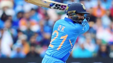 Dinesh Karthik Reveals That Indian Players Stayed Up Till 3 Am Due to Fears of COVID Outbreak Ahead of Manchester Test Against England (Watch Video)