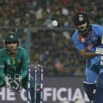 Pakistani Journalist Requests KL Rahul to Not Play Well and Asks MS Dhoni to Not Apply His Tactics Against Pakistan in T20 World Cup 2021 Match (Watch Video)