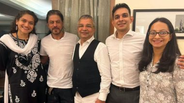 Shah Rukh Khan's Infectious Smile Stands Out in These Pics With Advocate Satish Maneshinde and Team After Aryan Khan's Bail!