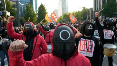 Squid Game Mania Takes Over South Korean Protest Site, Workers Dress Up As Characters To Fight for Labour Rights (Watch Viral Pics & Videos)